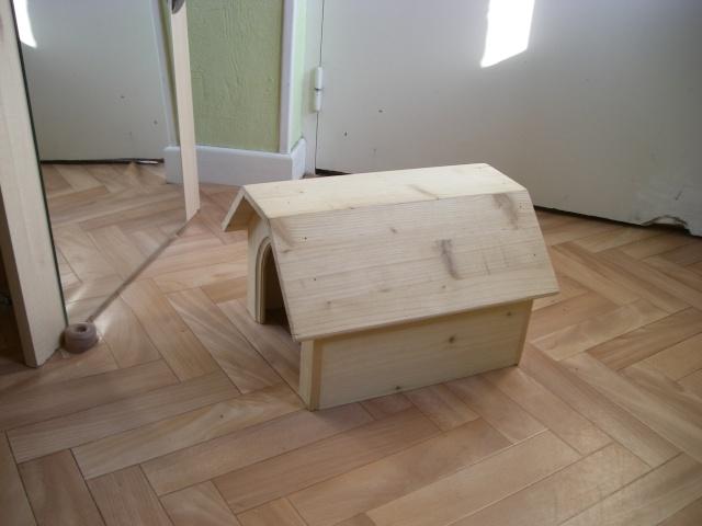 vend maison en bois 233 cologique pour lapin nain ou cobaye