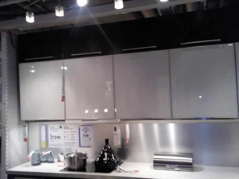 Plan de travail noir brillant images - Cuisine noir brillant ...