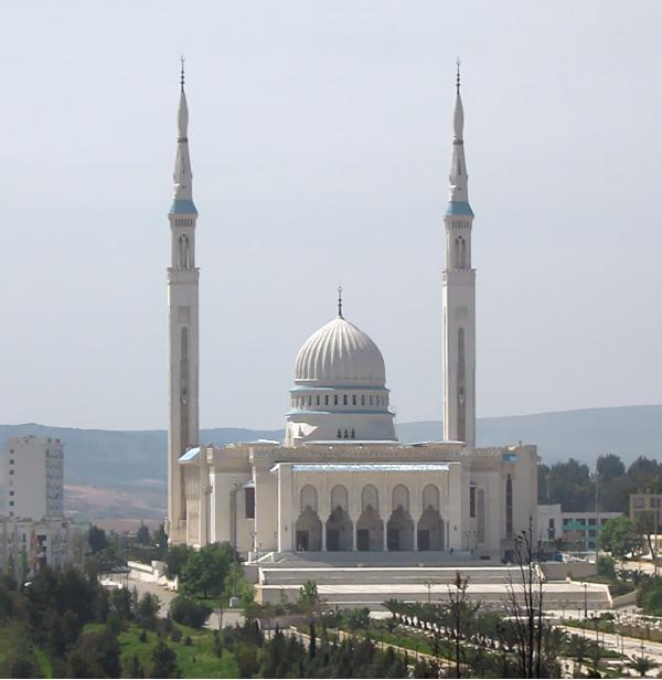 اكبر مسجد في الجزائر ( مسجد الامير عبد القادر) اتمنى منكم الدخول ....