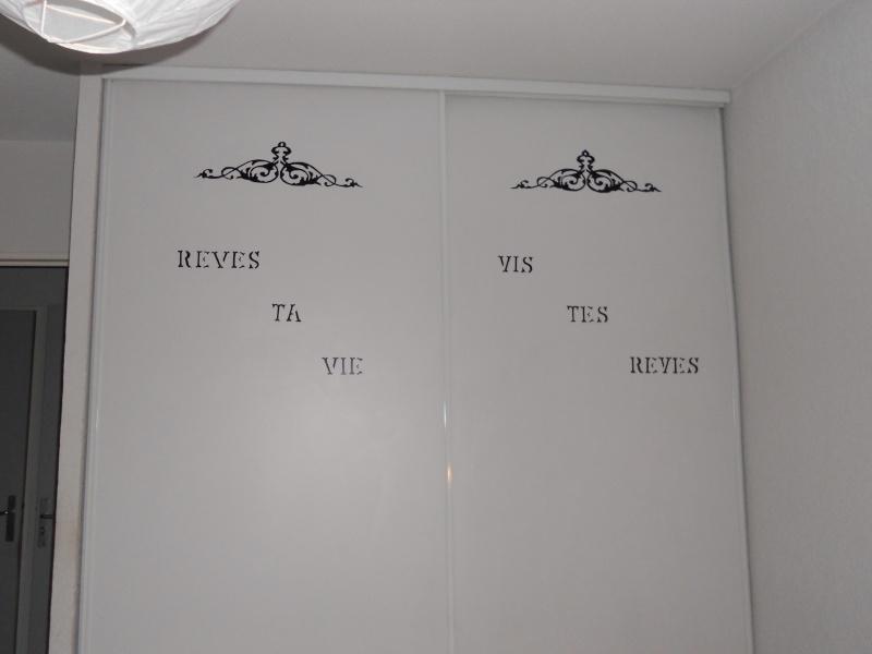 voila je trouvais mes porte de placard de ma chambre vide. Black Bedroom Furniture Sets. Home Design Ideas
