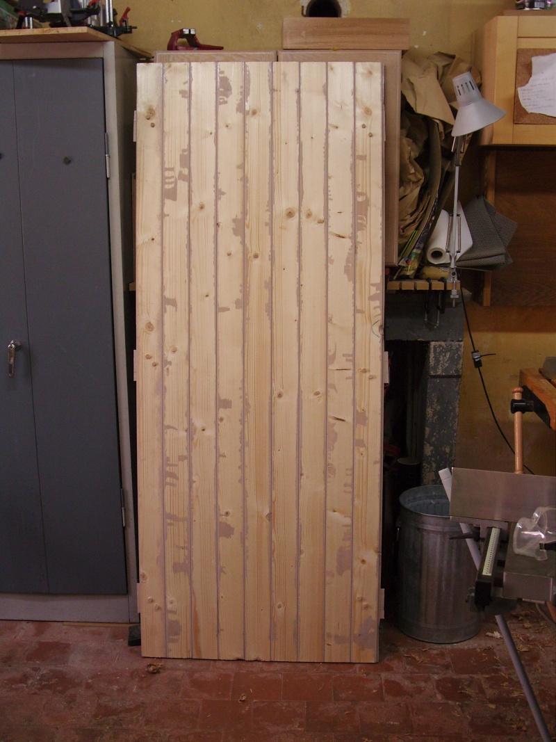 R alisation une porte volet clefs pour mon abri de for Porte double pour cabanon