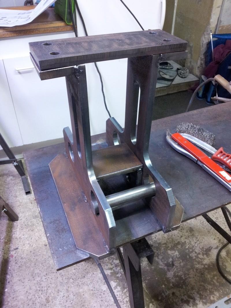 Question pour fabrication d 39 une rouleuse a galet for Fabrication presse hydraulique maison